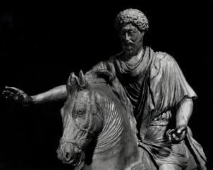 Particolare della copia in argento della statua equestre di Marco Aurelio. Bronzetto in scala 1:16 (realizzato in collaborazione). Committente: I.P.Z.S. Istituto Poligrafico Zecca dello Stato,1997