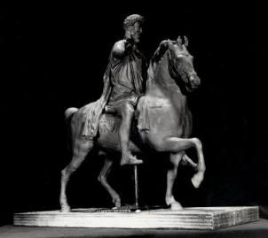Copia in argento della statua equestre di Marco Aurelio. Bronzetto in scala 1:16 (realizzato in collaborazione) committente: I.P.Z.S. Istituto Poligrafico Zecca dello Stato,1997