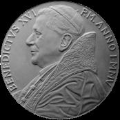Moneta da 5€, recto di modello in gesso. Committente: Città del Vaticano, 2005
