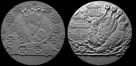 La Regina delle Nevi / L'Usignolo dell'Imperatore della Cina di Christian Andersen. Recto di modelli in gesso per la realizzazione di medaglia coniata in argento. Committente: ditta danese, 2010