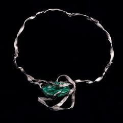 Collana in argento con malachite. Committente privato, 2009