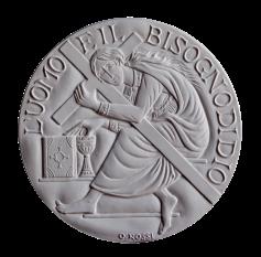 Recto di modello in gesso, medaglia realizzata per l' esposizione al S.Eligio e al Museo Archeologico di Teramo, 2013