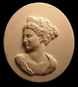 Spilla, modello in gesso, realizzata in argento. Committente privato, 2003